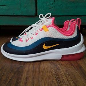 New Women's Nike Air Max AXIS Sz 7